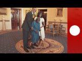 106-yr-old dances her way through White House meeting with Obamas