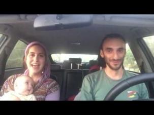 One Day - eine Welt ohne Krieg | Ehepaar singt über Frieden im Auto